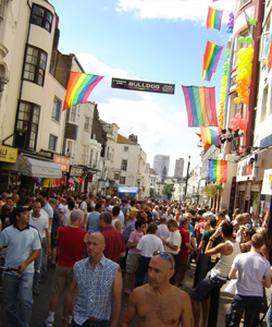 Fiesta gay en Brighton 03