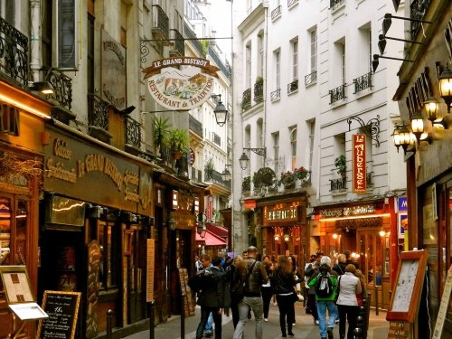 The beautiful latin quarter in Paris, where I stayed last time I was here.